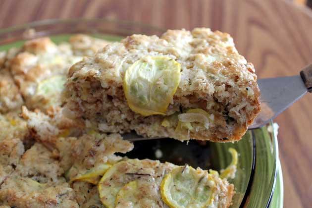 zucchini feta bread slice